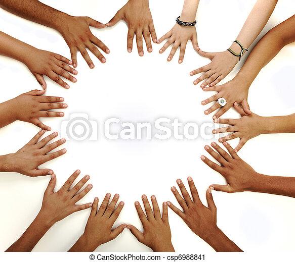 środek, kopiować przestrzeń, zrobienie, tło, konceptualny, biały, multiracial, dzieci, symbol, koło, siła robocza - csp6988841