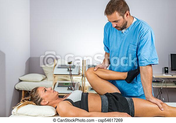 atleta, samica, fizyczny, therapy., pracujący, terapeuta - csp54617269