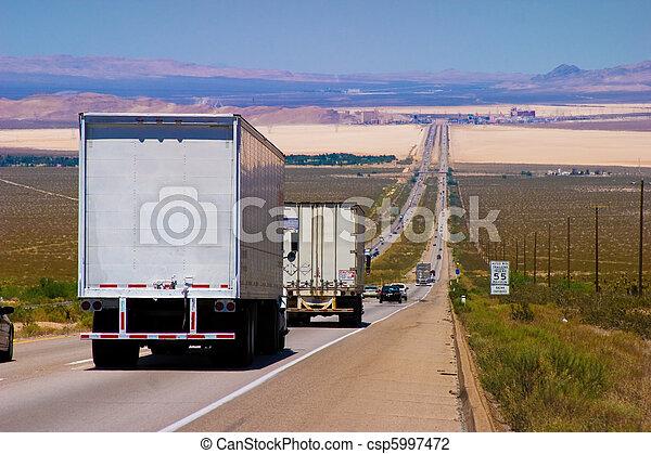 doręczenie, highway., ciężarówki, międzystanowy - csp5997472