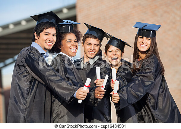 dyplomy, studenci, pokaz, suknie absolutorium, campus - csp16484501
