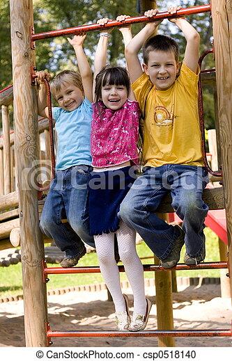dzieci, szczęśliwy - csp0518140
