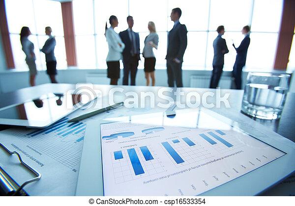 finansowy, dane - csp16533354