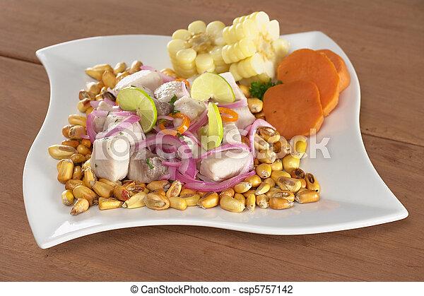 fish, surowy, upieczony, poza, (peruvian, mahi-mahi, swe, aji, gorący, (spanish:, czerwony, nagniotek, ceviche, obsłużony, perico), pepper), robiony, cebule, peruvian-style, lipy, dobrze, gotów, łabędź, (cancha) - csp5757142