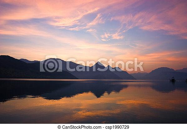góra, wschód słońca - csp1990729