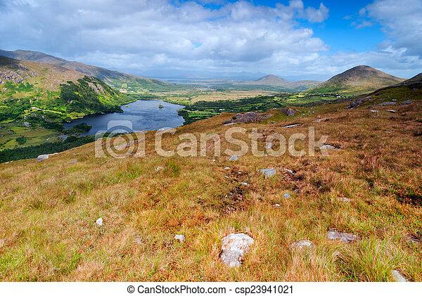 góry, krajobraz, irlandia - csp23941021