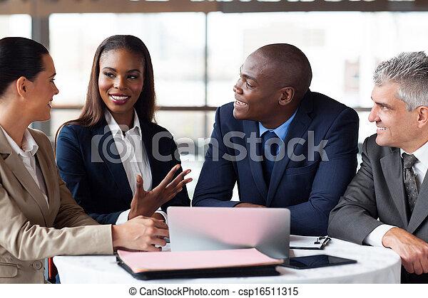 handlowe spotkanie, wzmacniacz, posiadanie - csp16511315