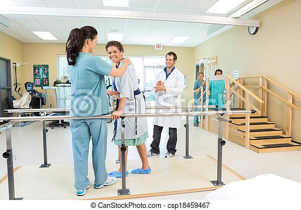 istota, wsparty, terapeuta, pacjent, fizyczny - csp18459467