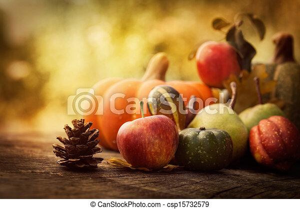 jesień, owoc - csp15732579