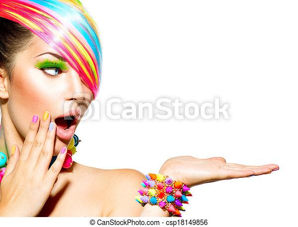 kobieta, barwny, włosy, piękno, makijaż, paznokcie, przybory - csp18149856