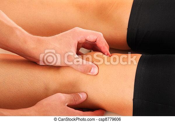 kolano, terapia - csp8779606
