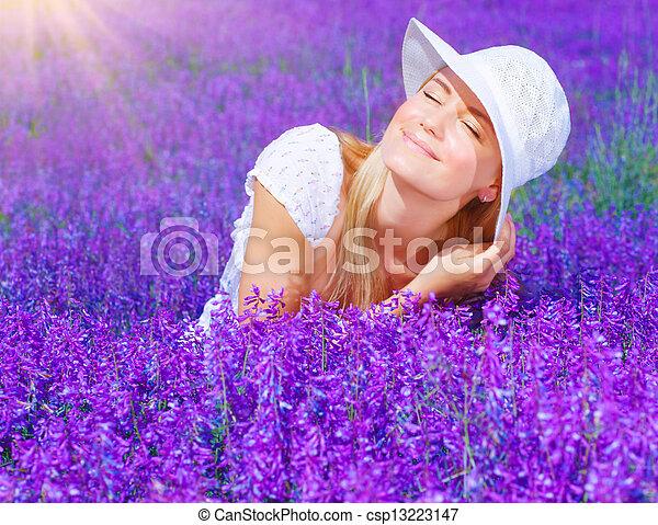 piękny, pole, lawenda, samica - csp13223147