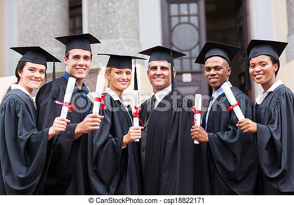 profesor kolegium, grupa, absolwenci - csp18822171