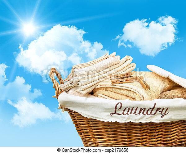 przeciw, błękitne niebo, kosz pralni - csp2179858