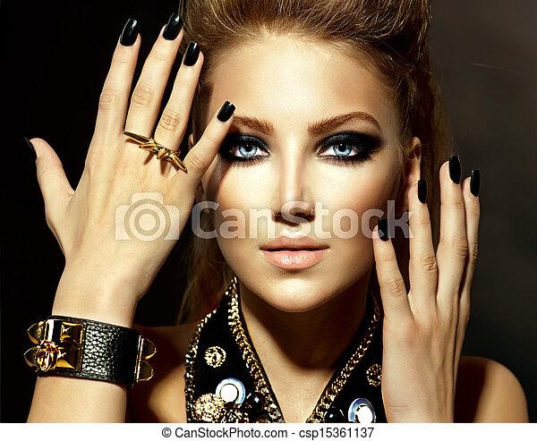 styl, dziewczyna, fason modelują, portret, biegun - csp15361137