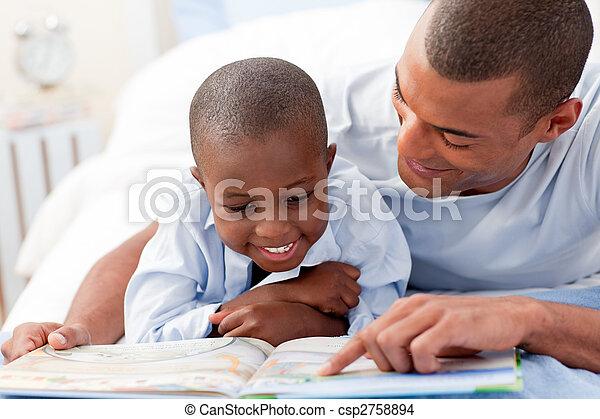 syn, ojciec, jego, czytanie - csp2758894
