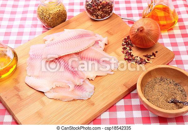 tilapia, fish, surowy, cięcie deska, przyprawy - csp18542335