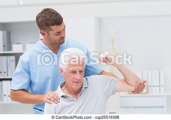 udzielanie, fizyczny, człowiek, terapia, fizykoterapeuta - csp25516398